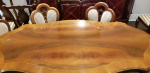Dining room table, Solid wood