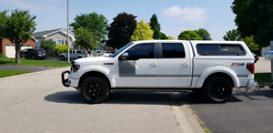 2013 Ford F150 FX4 White Crew Cab***MINT***