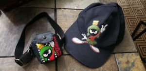 Marvin the Martian =Looney Tunes fanny pack coin purse & hat cap