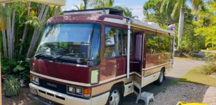 Motorhome Toyota coaster Varsity Lakes Gold Coast South Preview