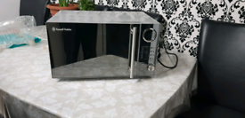 Rusell Hobbs Microwave with Grill