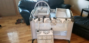 3 n 1 playpen with change bed