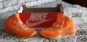 Nike hyper zooms size 11