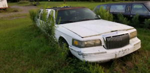 1996 Lincoln Town Car Limo: Make me an Offer!