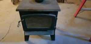 Drolet Gemini 1200 Wood stove and fire blocks