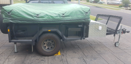 2014 GIC extreme off road camper Bolton Point Lake Macquarie Area Preview