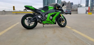 ZX10R  for sale.  NO TRADE  CASH ONLY