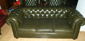 Lovely dark green quality leather chesterfield 3+1high back queen Anne