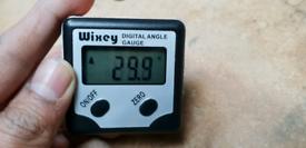 Wixey Digital Angle Gauge