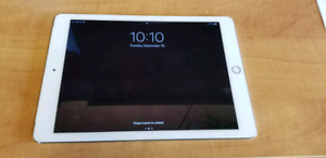 Ipad Air2 32gb with charger