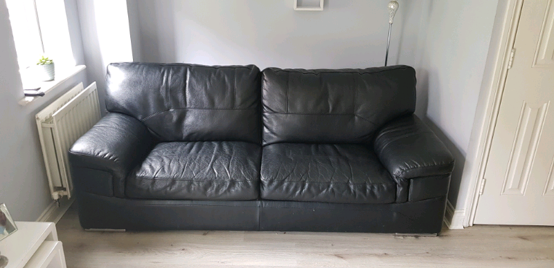 Peachy Black Leather Sofa And Chair In Cumbernauld Glasgow Gumtree Home Interior And Landscaping Oversignezvosmurscom