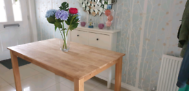 Solid Oak Dining Table (RRP £399)