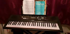 YAMAHA Keyboard EZ-220
