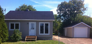 house for rent 2 bedroom huge yard $975 heated available now!