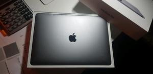 "MacBook pro 13"" 2019 touch bar"