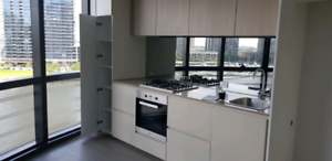 Fully furnish. Apartment in Docklands. Preferably asian males!!!