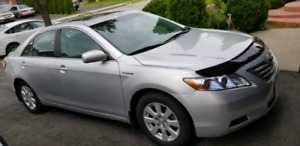 2009 Toyota camry hybrid for sale with 4 winter tires