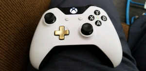 Looking for xbox 1 controller