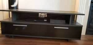 Tv stand like new. Delivery included