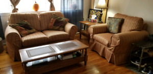 Selling Matching Loveseat and Armchair