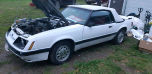 RUST FREE 1986 MUSTANG CONVERTIBLE V8