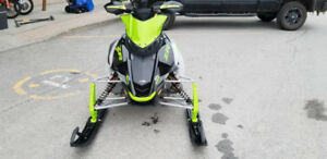 Motoneige arctic cat zr 9000 RR,ltd,thundercat