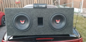2 10 inch Rockford Fosgate Punch subs, 600 watt kenwood amp and