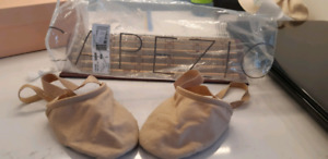 Dance Shoes Pirouette dance slippers