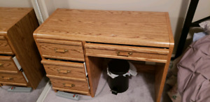 Make up table and chair