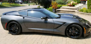 ***2017 Corvette 7 speed manual 2000kms NEW Wow***