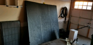 """Hard Tonneau with LED lights - 5' 7"""" - Good Condition"""