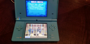 Nintendo DSi with 8 games and carrying case REDUCED $60