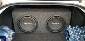 "2 12"" SUBWOOFERS AND 2400 WATTS LANZAR AMP"