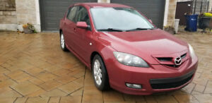 Mazda 3 2009 excellente condition !! Motivated to sell !!