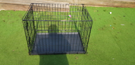 Medium Dog Crate Excellent Condition