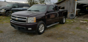 07 Chevy Silverado 1500 Leather CERTIFIED