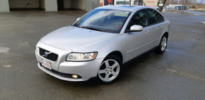 Low km Volvo S40 AWD one owner