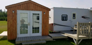 3 roulotte  3 trailers  650$ a week each waterview.