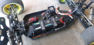 **Awaiting Pickup** 1/8 Team Losi Electric Truggy 2.0, Tekno