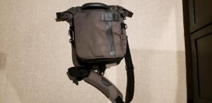 Lowpro Messenger DSLR Bag