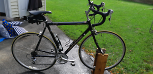 Cannondale large road been tund up 2019 best offer by sat get it