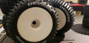 Monster truck tires. Dynamite Speed thread devices