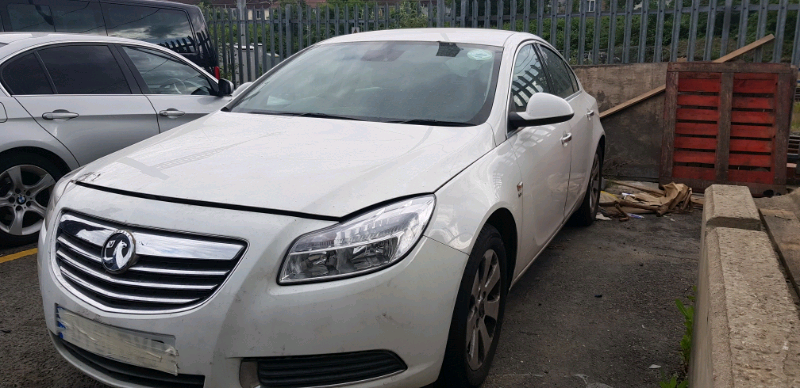 Vauxhall Insignia 2 0 Diesel starts and Drives -Spares or Repairs | in  Slough, Berkshire | Gumtree