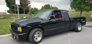 1984 gmc s15 and a parts truck with ownership