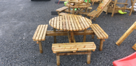 Med size, 4ft top wooden round picnic table