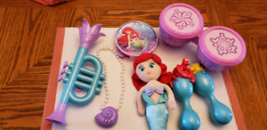 Ariel Music Set with Singing Necklace