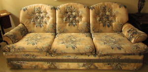 Couch (sofa / chesterfield) & Chair Set