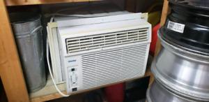 12000 BTU Air Conditioner, Window Unit, Digital Control