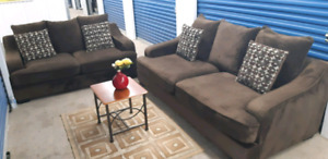 Brown over size couch set/ delivery available