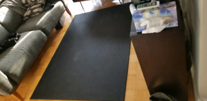 Heavy duty rubber gym/fitness equipment mat